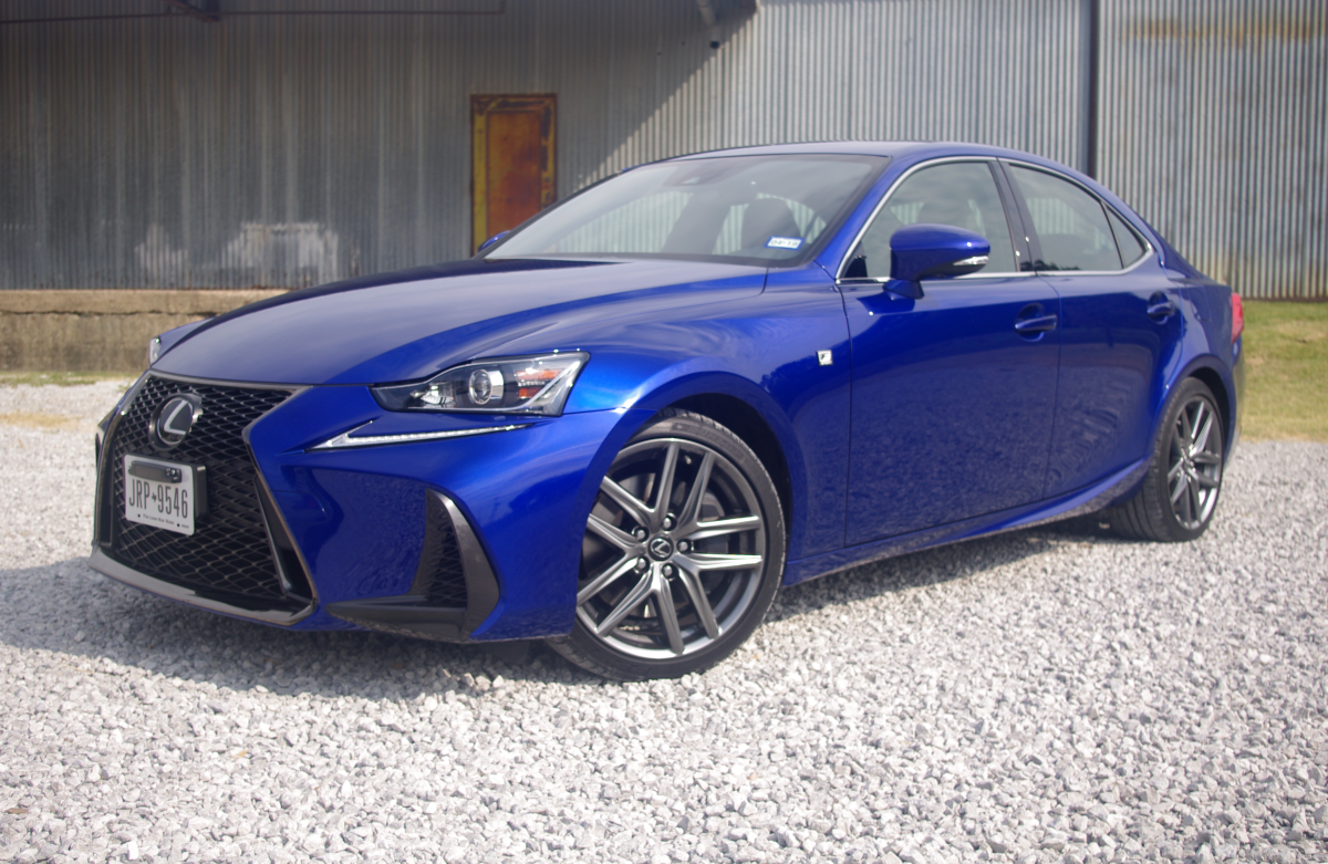 2017 Lexus IS 200t F Sport - A Beautiful, Boosted Bummer